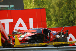 The damaged car of #50 AF Corse Ferrari 458 Italia: Andrew Danyliw, Simon Knap, Andrea Sonvico