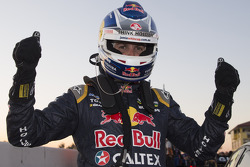V8SUPERCARS: Race winner Jamie Whincup, Red Bull Holden