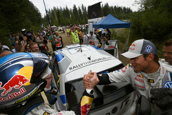 Winner Jari-Matti Latvala and Andreas Mikkelsen