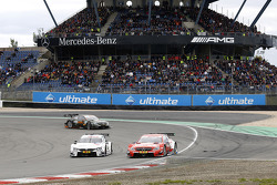 Martin Tomczyk, BMW Team Schnitzer BMW M4 DTM and Vitaly Petrov, Mercedes AMG DTM-Team Mucke DTM Mercedes AMG C-Coupe