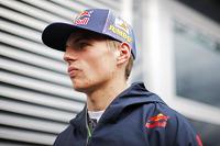 Max Verstappen, Scuderia Toro Rosso with the media