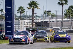 Start: #31 Olsbergs MSE Ford Fiesta ST: Joni Wiman leads #18 Olsbergs MSE Ford Fiesta ST: Patrik Sandell and #00 Royal Purple Racing / OMSE2 Ford Fiesta ST: Steve Arpin