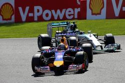 Sebastian Vettel, Red Bull Racing and Nico Rosberg, Mercedes AMG F1 Team