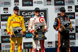 Ryan Hunter-Reay, Andretti Autosport Honda, Scott Dixon, Chip Ganassi Racing Chevrolet and Simon Pagenaud, Schmidt Peterson Hamilton Motorsports Honda