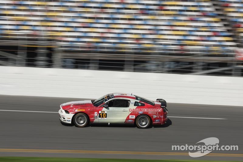 #10 Racers Edge Motorsports Mustang Boss 302R: Ricardo Flores, Nick Galante