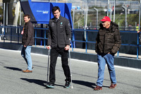 (L to R): Paddy Lowe, on crutches, and Niki Lauda, Mercedes Non-Executive Chairman