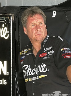 Crew chief Jimmy Fenning
