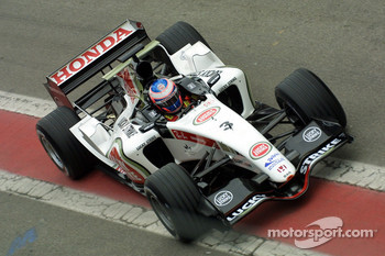 Jenson Button returns to pitlane