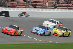 Jeff Gordon, Bobby Hamilton Jr., Hermie Sadler and Derrike Cope