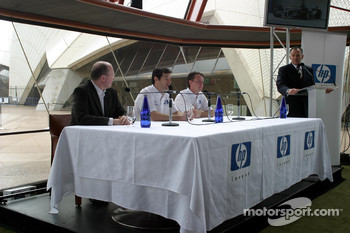 Williams-BMW HP event at the Opera House in Sydney: Mark Webber and Sam Michael answer questions