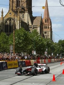 Street parade in Melbourne: Paul Stoddart