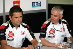 Gil de Ferran and Nick Fry