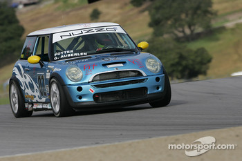 #02 Nuzzo Motorsports Mini Cooper S: Geoff Auberlen, Jason Potter