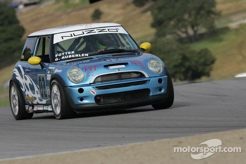 #02 Nuzzo Motorsports Mini Cooper S: Geoff Auberlen, Jason Potter