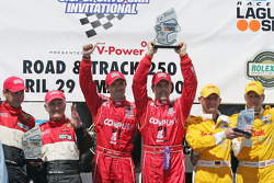 Luis Diaz and Scott Pruett, with Butch Leitzinger and Elliott Forbes-Robinson, Terry Borcheller and Ralf Kelleners