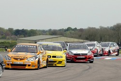 Hustle and bustle through the chicane at the start of race 2