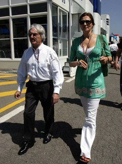 Bernie Ecclestone with wife Slavica