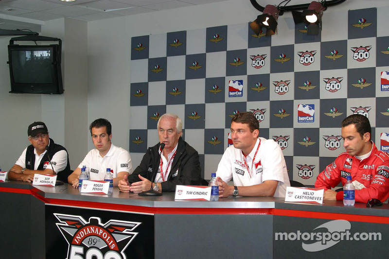 Marlboro Team Penske press conference: Rick Mears, Sam Hornish Jr., Roger Penske, Tim Cindric and Helio Castroneves