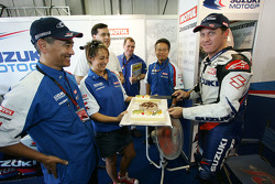 A cake for Kenny Roberts