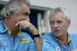 Flavio Briatore and Pat Symonds