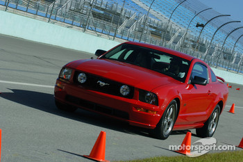 Ford Innovation Drive: a guest puts a 2006 Mustang through its paces