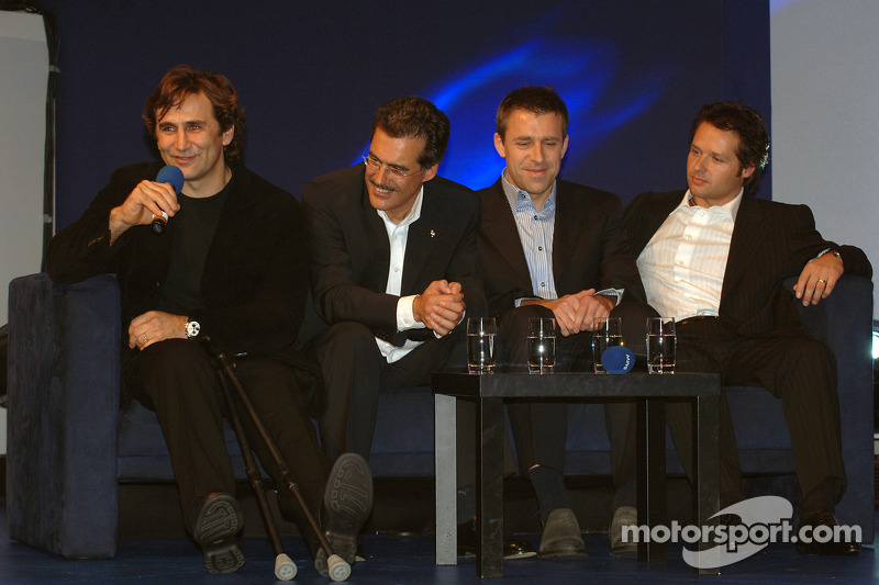 Dr Mario Theissen (BMW Motorsport Director) with Alex Zanardi and Andy Priaulx