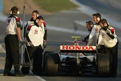 Anthony Davidson stopped at pit exit