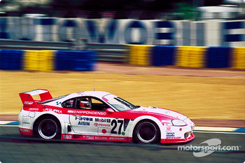 #27 Toyota Supra LM04: Jeff Krosnoff, Marco Apicella, Mauro Martini