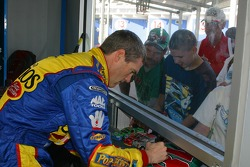 Bobby Labonte signs autographs