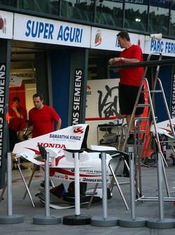 Super Aguri F1 garage area