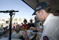 Autograph session for Robert Doornbos