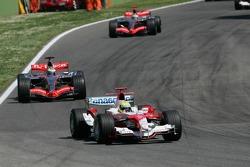 Ralf Schumacher leads Juan-Pablo Montoya