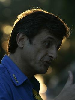 SWRT sporting director Luis Moya