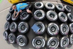 Michelin tyres at Renault F1 team