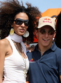 Red Bull goes off track: Christian Klien with a Formula Unas girl