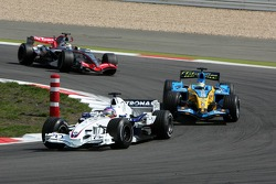 Jacques Villeneuve leads Giancarlo Fisichella and Juan Pablo Montoya