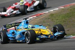Giancarlo Fisichella leads Ralf Schumacher