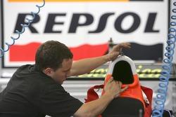 Racing Engineering prepare their cars