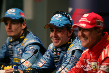 Press conference: pole winner Fernando Alonso with Giancarlo Fisichella and Michael Schumacher