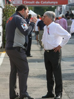 Colin Kolles and Bernie Ecclestone