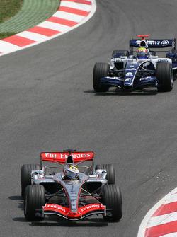 Juan Pablo Montoya leads Mark Webber