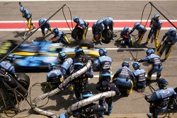 Pitstop for Giancarlo Fisichella