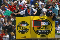 Mario Batalli waves the green flag to start the  NASCAR Nextel Cup Series Pocono 500