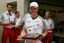 Ralf Schumacher with his birthday cake