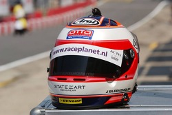 New helmet design for Jeroen Bleekemolen