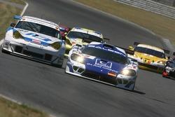 #9 Zakspeed Racing Saleen S7 R: Sascha Bert, Jarek Janis