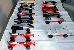 Red Bull chilled Thursday: the cars of the Pinewood-Derby