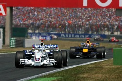 Nick Heidfeld leads David Coulthard