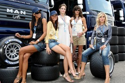 Formula Unas girls Enyerlina Sanches, Lena Issa, Maria Sinowzik, Maja Dejanovic and Sophie Gassmann in front of Red Bull Racing trucks