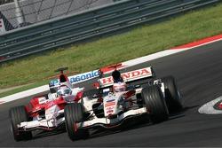 Rubens Barrichello leads Jarno Trulli